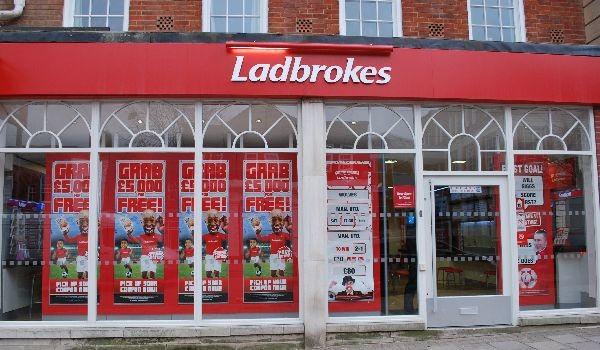 Monopol-myndighed kan gennemtvinge salg af 1.000 spillekiosker