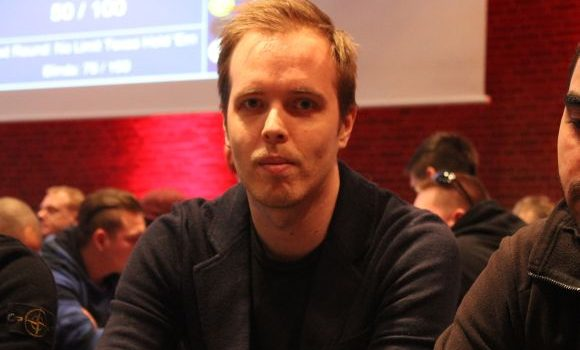 Mikael Viuff Hansen: – Jeg tror ikke jeg spiller poker om to år