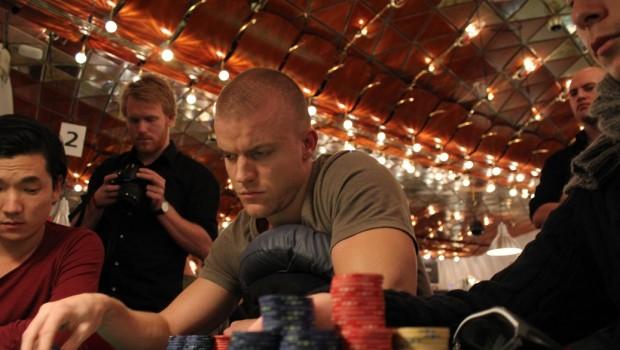 Dansk pokerstjerne vandt 2,8 millioner kroner i én hånd